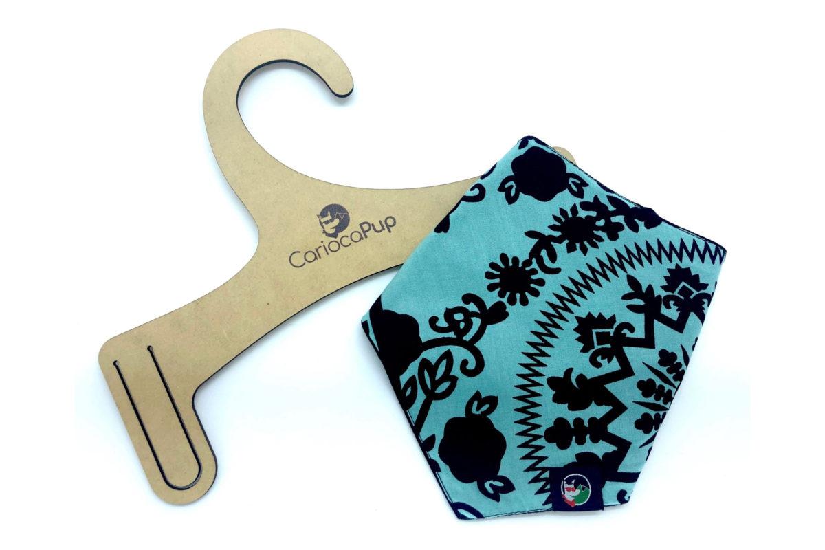 Sustainable pet bandana: CariocaPup Peroba bandana