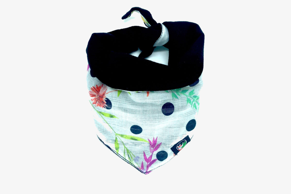 Eco-friendly pet bandana: CariocaPup Saudade bandana
