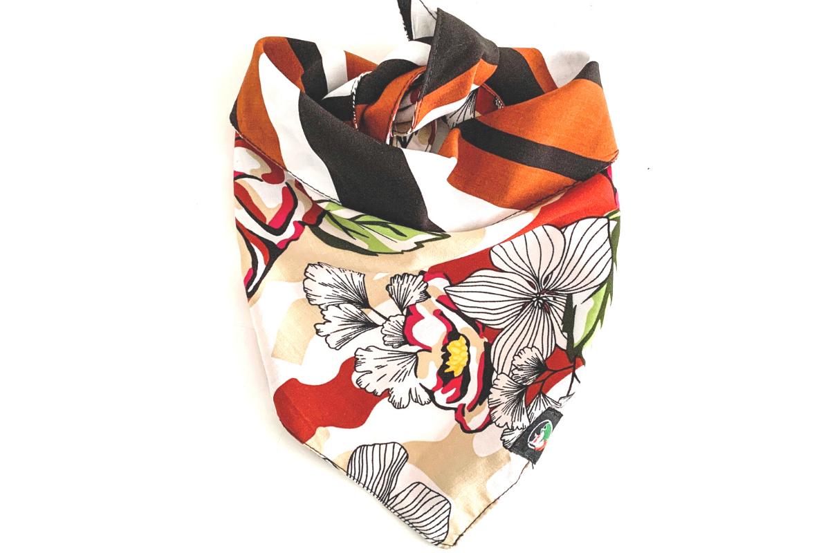 CariocaPup: bandana ecológica Floral Geométrico Terra - Coleção Natureza