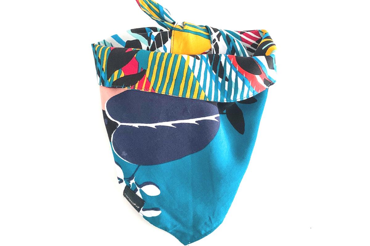 CariocaPup: bandana ecológica Folhagem Ocean- Coleção Natureza